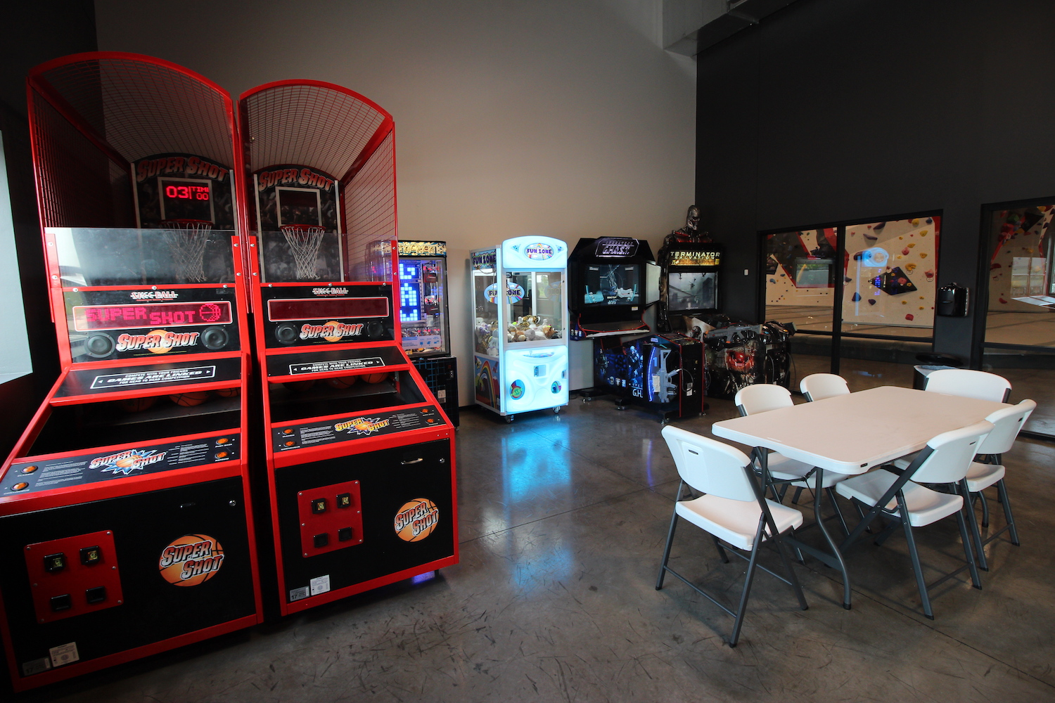 Arcade in Party Room